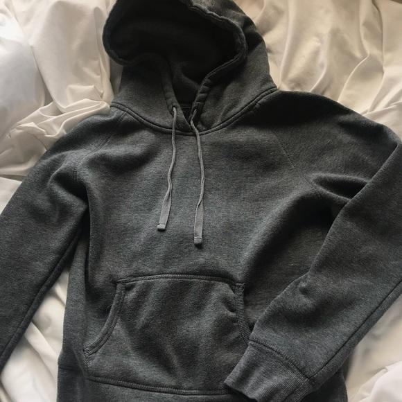 1f0d61c18d4154 Plain dark gray hoodie. M 5b28301c534ef9f82ff1f776